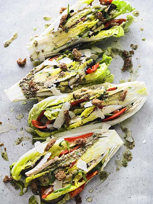 ROMAINE LETTUCE VEGETABLE WEDGE