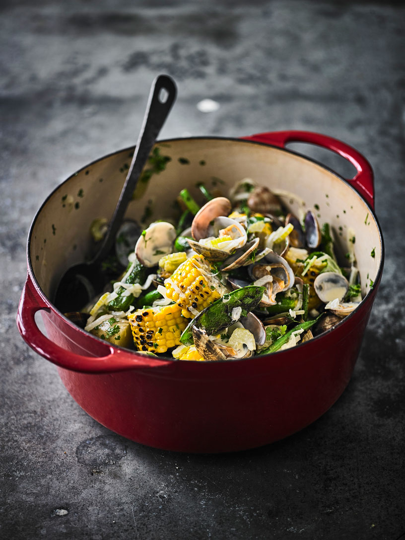 CLAM BAKE IN A BASKET