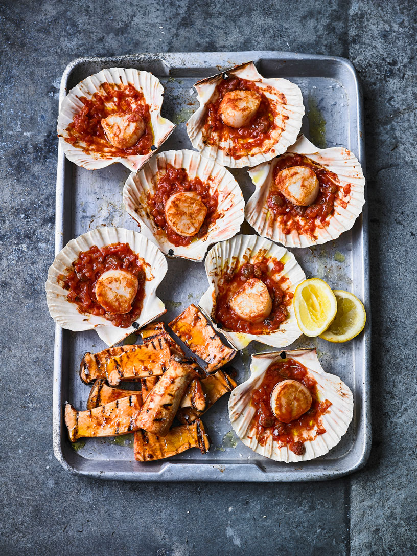BAKED SCALLOP WITH TOMATO AND MARINATED MUSHROOMS